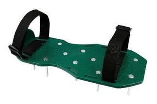 Aerator sandałowy do napowietrzania trawnika (aerator na buty)
