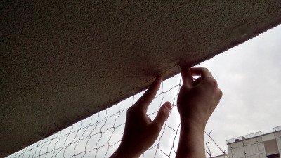 Profesjonalna siatka do zabezpieczania balkonu przeciw ptakom 4x3m